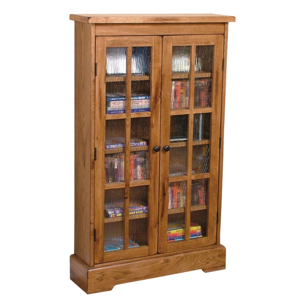 Закрытый книжный шкаф - фото